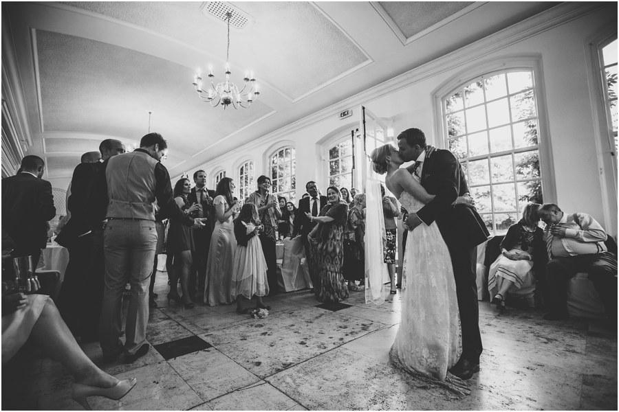 stylish-wedding-photographs