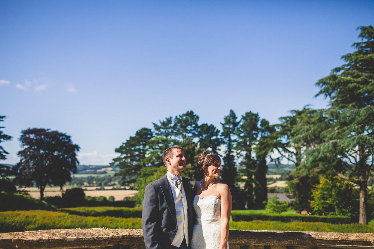 wedding photography coombe lodge