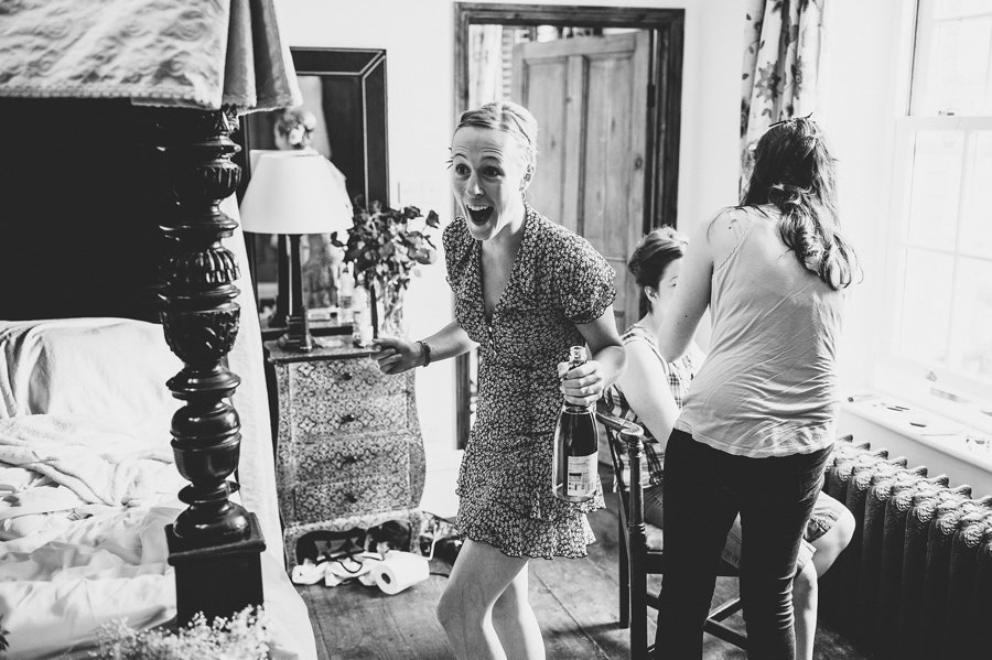 muddifords court wedding photographer