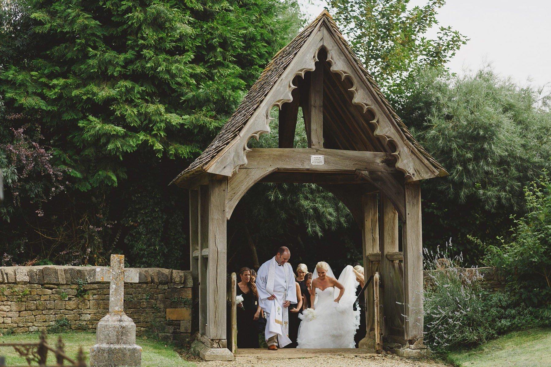 oxfordshire-wedding-photographer-025