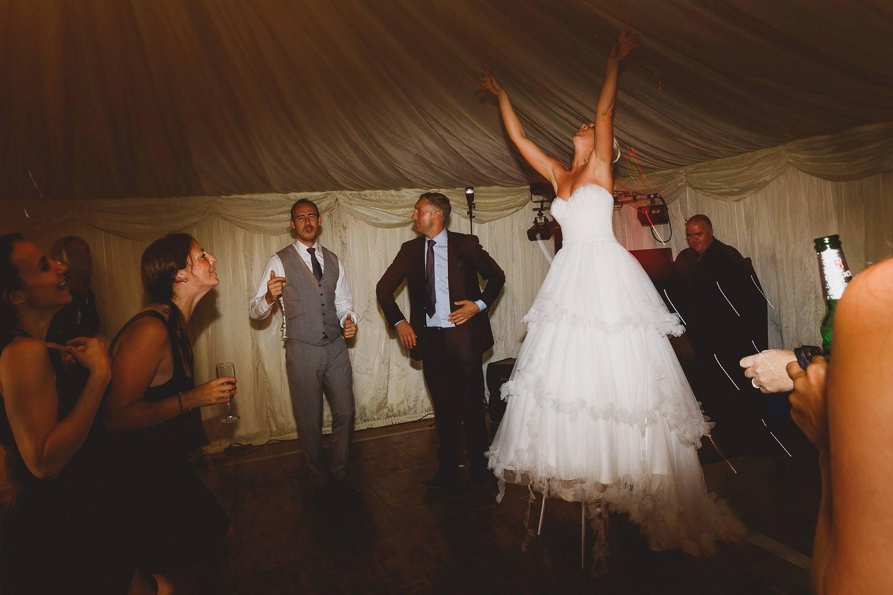 wedding-photographer-oxfordshire-060