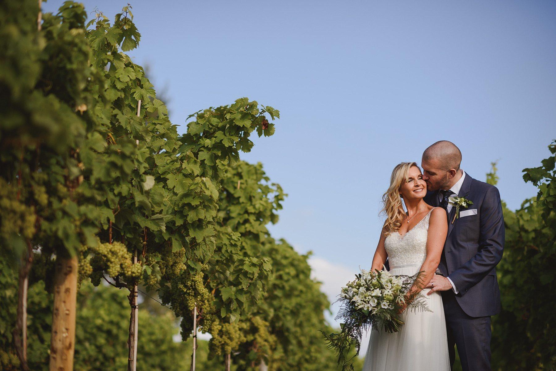 aldwick court farm wedding photos