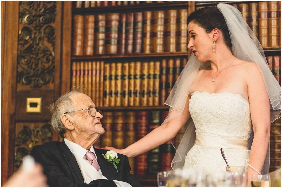 professional wedding photographers