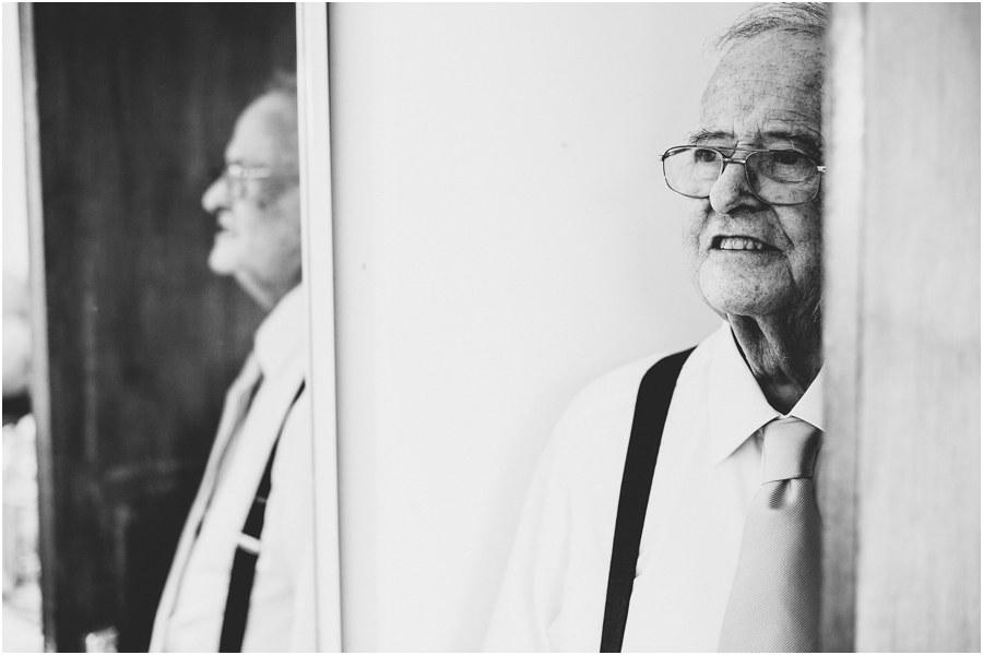 clevedon documentary wedding photographer