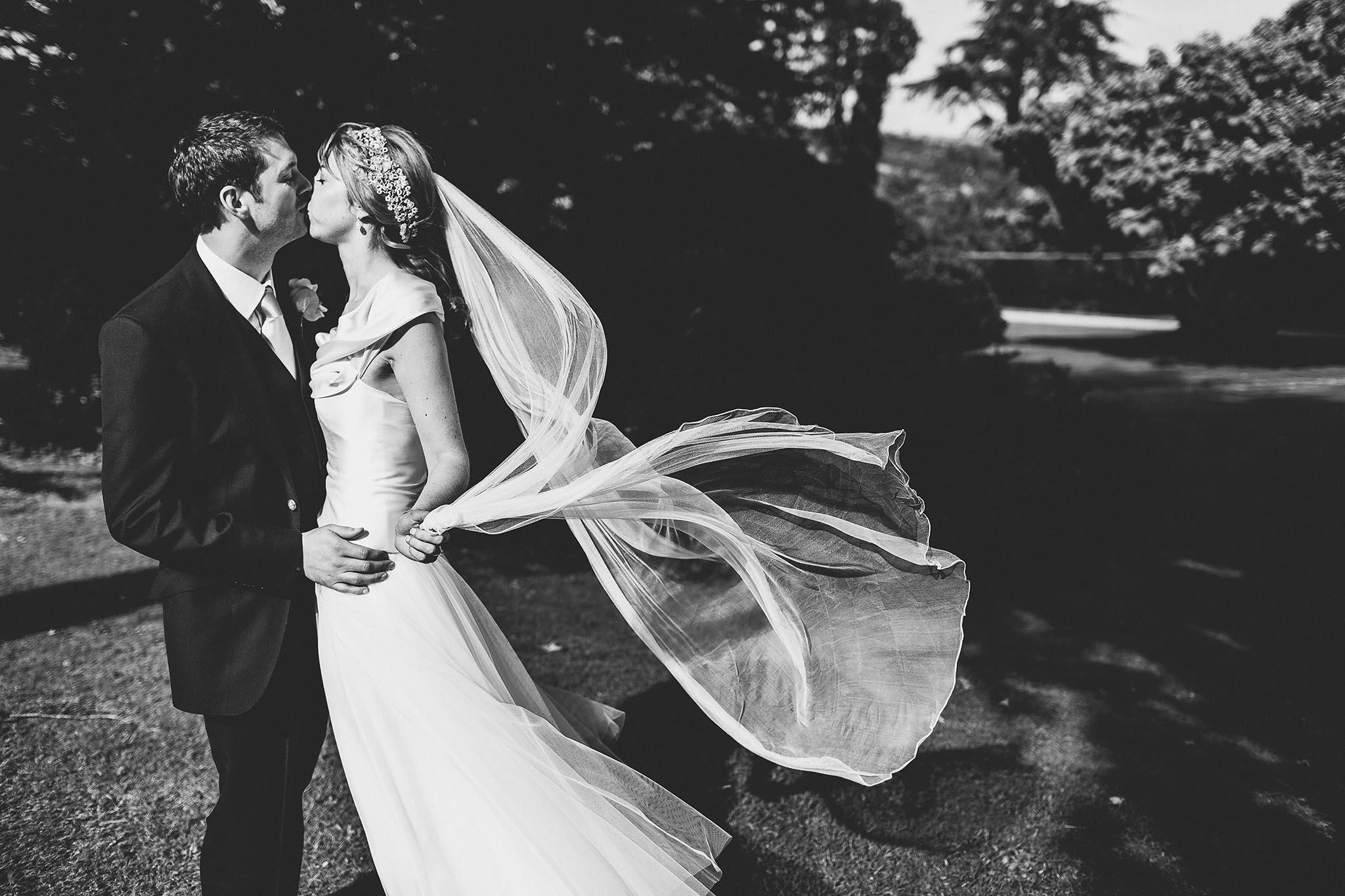 coombe lodge wedding photography: helen + nick