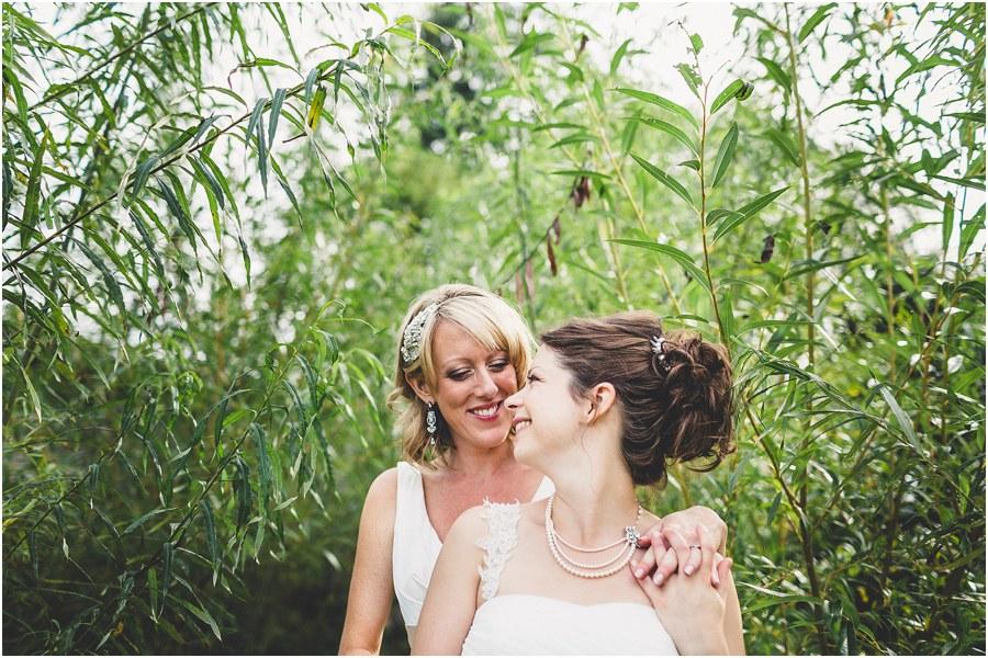 wedding photography muddifords court