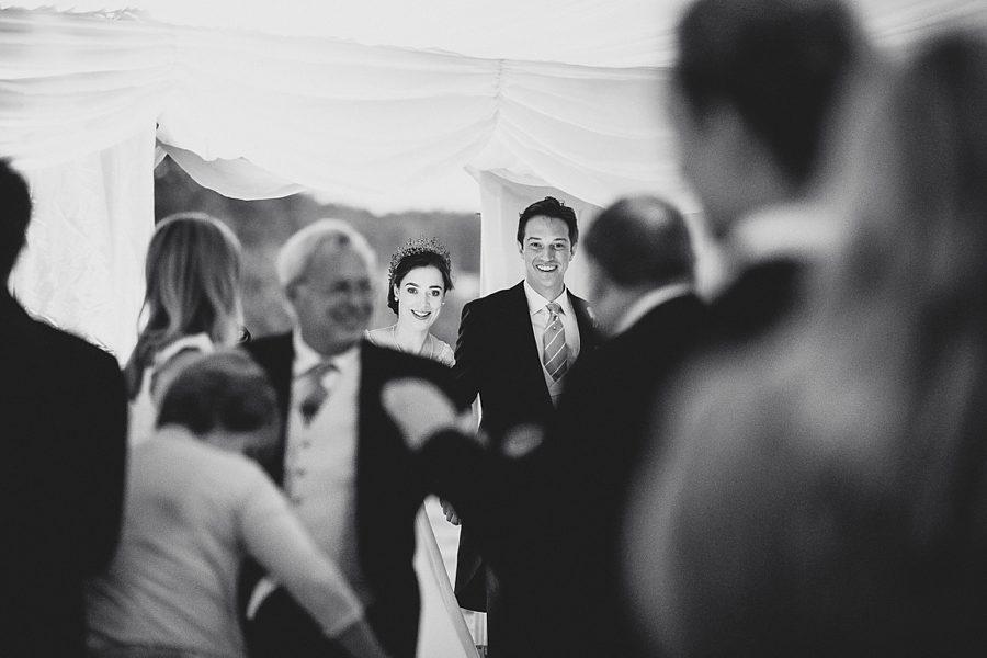 wedding photos cornbury park