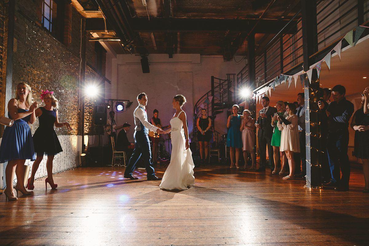 wedding-photos-paintworks-bristol-40