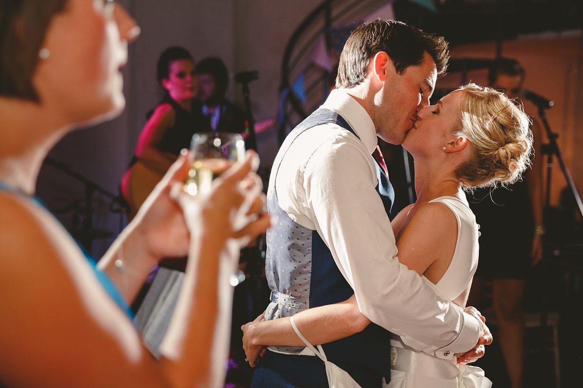 wedding-photos-paintworks-bristol-43