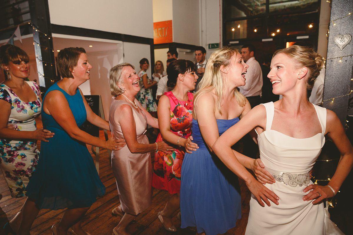 wedding-photos-paintworks-bristol-46