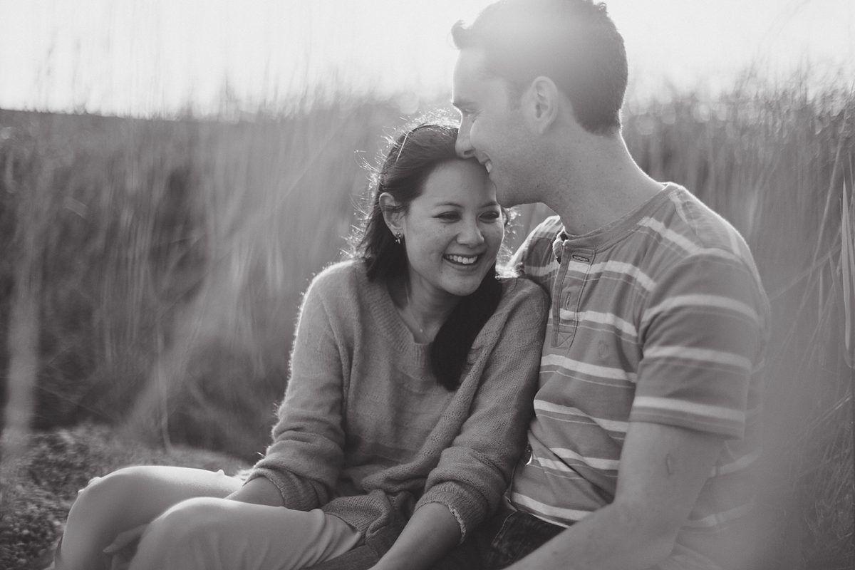 chesil-beach-engagement-photos-020