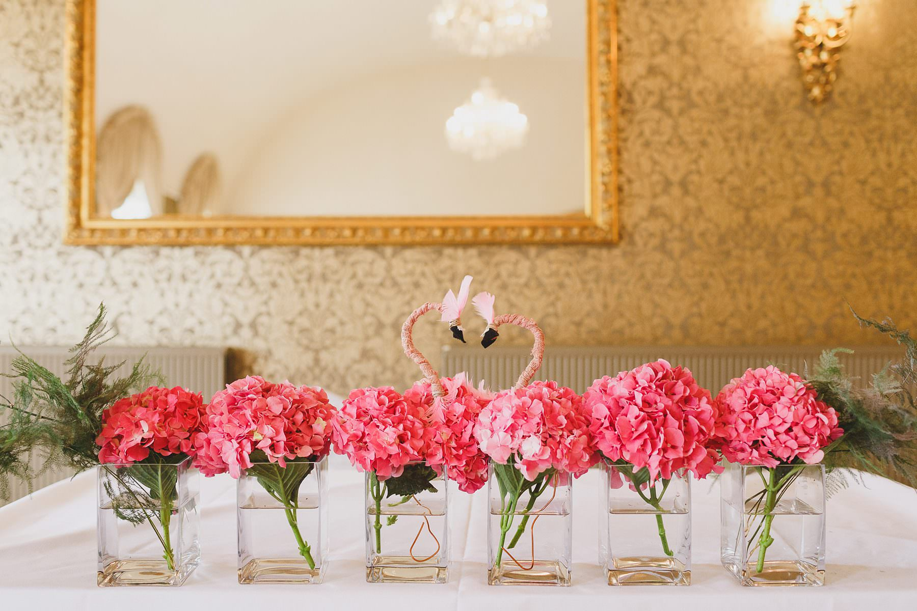 wedding flowers flamingos