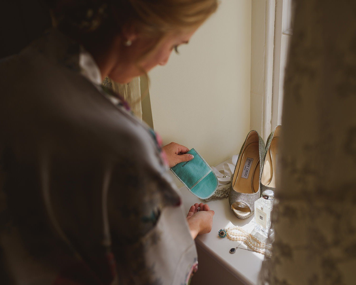 cotswolds wedding photographer