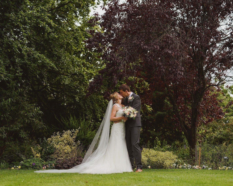 wedding photographer tetbury