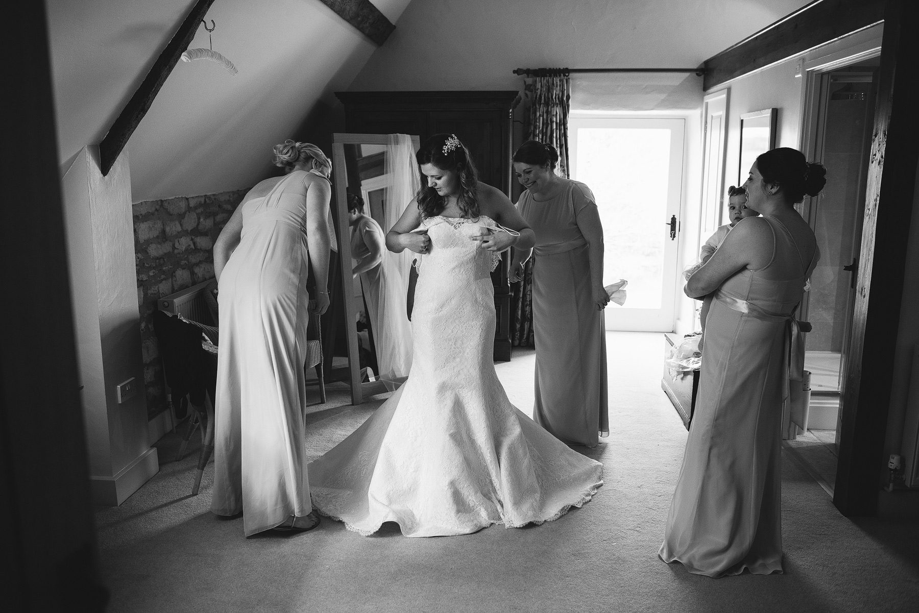 wedding photographers oxfordshire caswell house