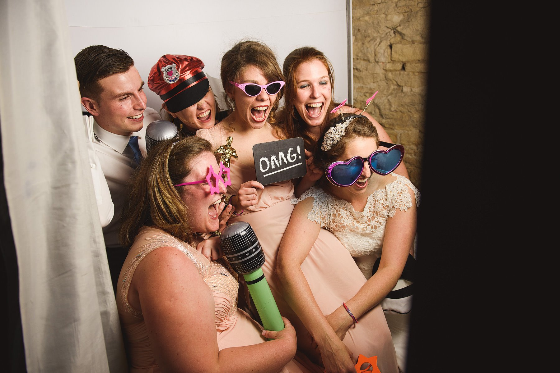 photobooth at cripps barn